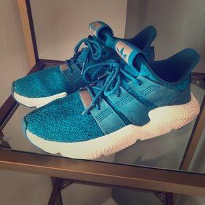Ocean blue adidas cross training shoe
